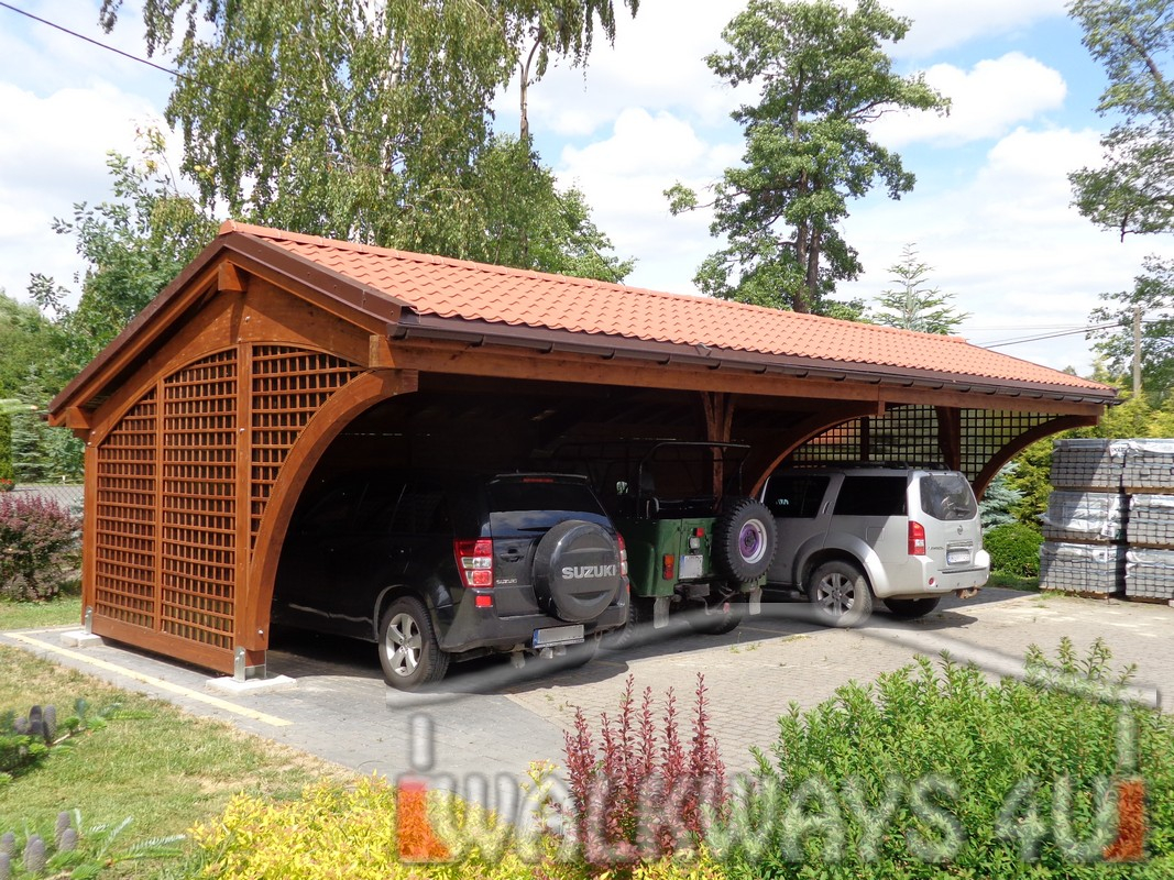 Wiaty drewniane samochodowe