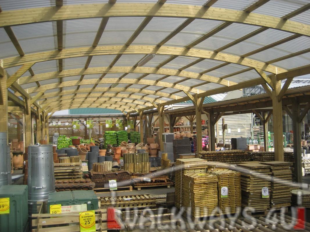 Drewniane konstrukcje, zadaszenia, hale. Drewno klejone, ?uki klejone