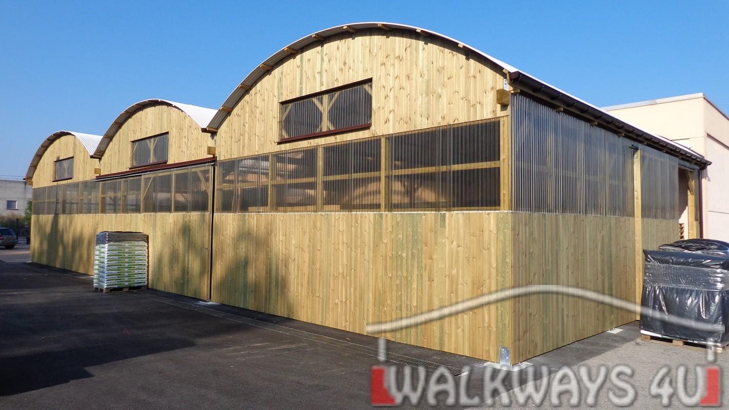 Konstrukcje zadasze? z drewna klejonego, pasa?e otwarte drewniane