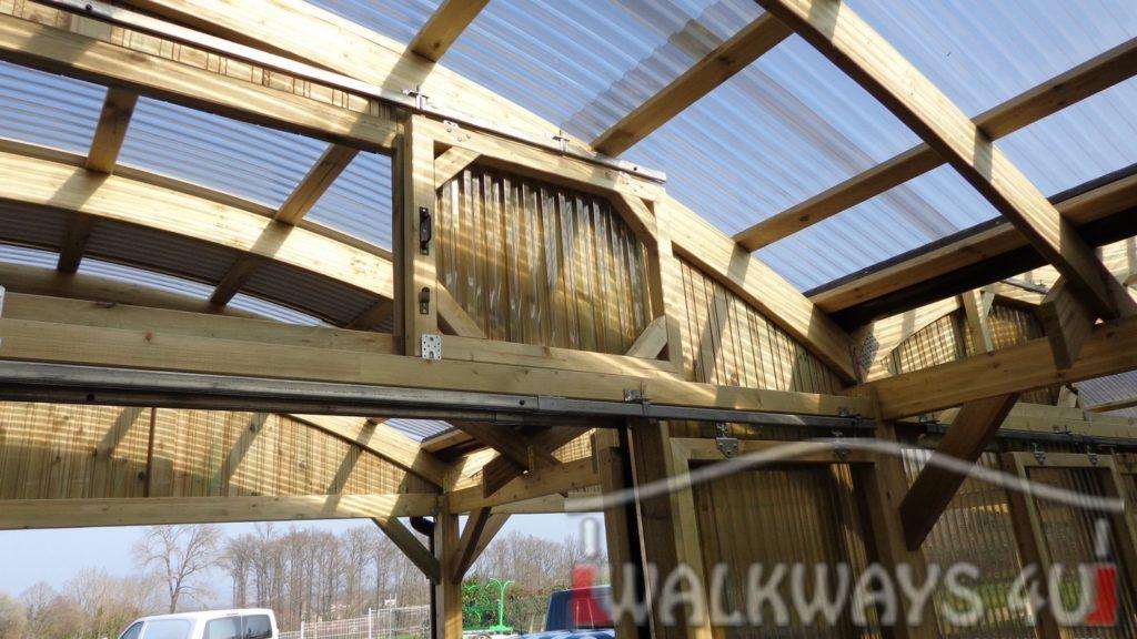 constructions en bois et arcs lamell?s coll?s espace commercial passages couverts