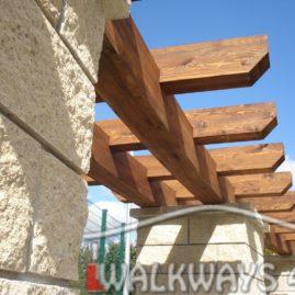 Constructions et passages couverts en bois lamell?-coll