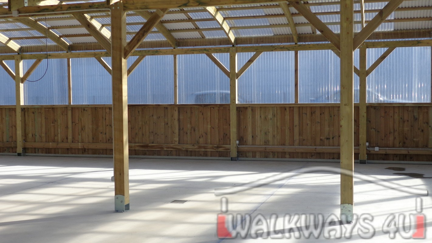 Custom wood constructions, timber terraces, exposition halls, wooden greenhouses