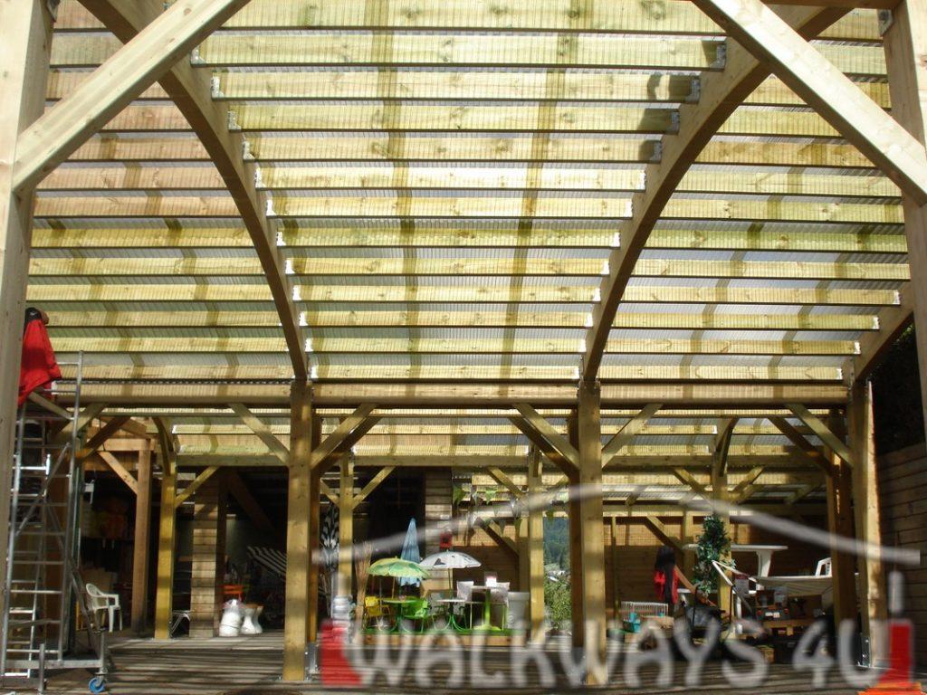 Konstrukcje z drewna klejonego hale wystawowe zadaszenia basen?w oran?erii ogrod?w zimowych