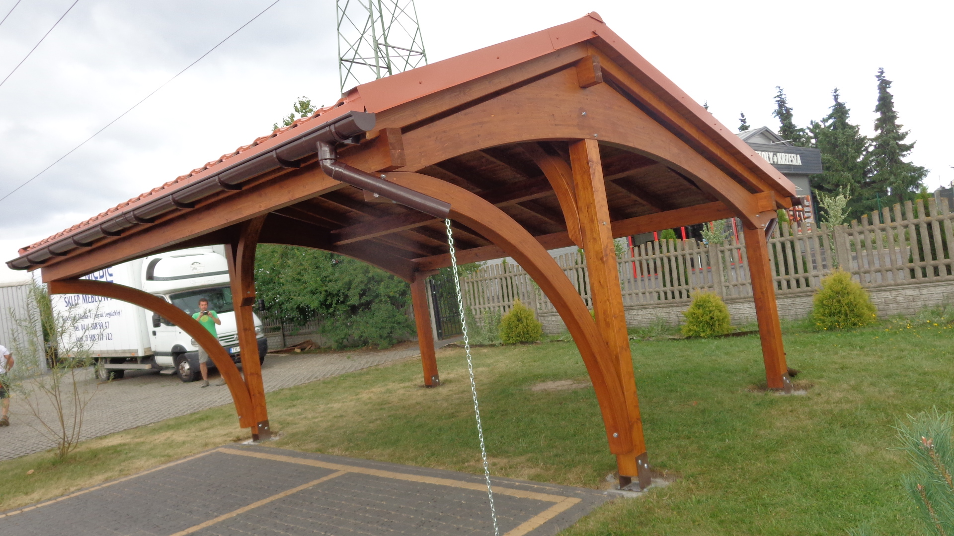 Zdj?cie nr . Wiaty gara?owe i carporty z drena klejonego projekty dostawy i monta?. Gara?e z drewna zadaszenia.
