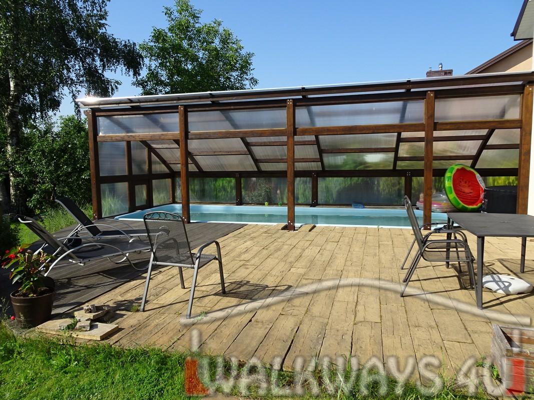 Photo 1. Szklana zabudowa basenu drewniane zadaszenia taras?w i oran?erii