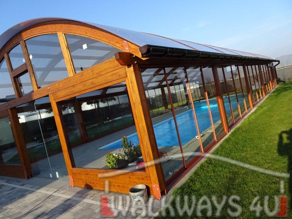 Zabudowa basenu zadaszenia, zabudowy basen?w prywatnych, drewno klejone, szk?o i poliw?glan, konstrukcje z ?uk?w drewnianych
