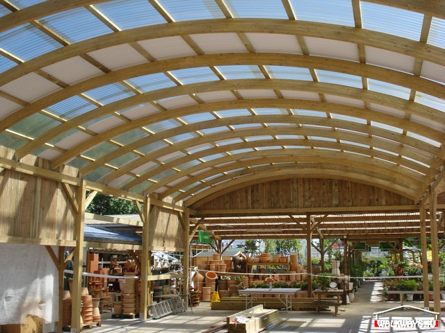 Image No 17 .  Passages couverts, espaces commercial couvert, constructions en bois lamelle - colle, toitures, fermetures en bois