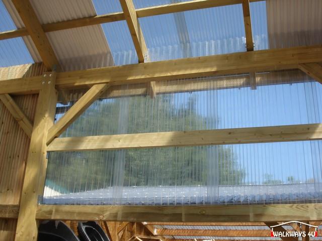Image No 16 .  Passages couverts, espaces commercial couvert, constructions en bois lamelle - colle, toitures, fermetures en bois