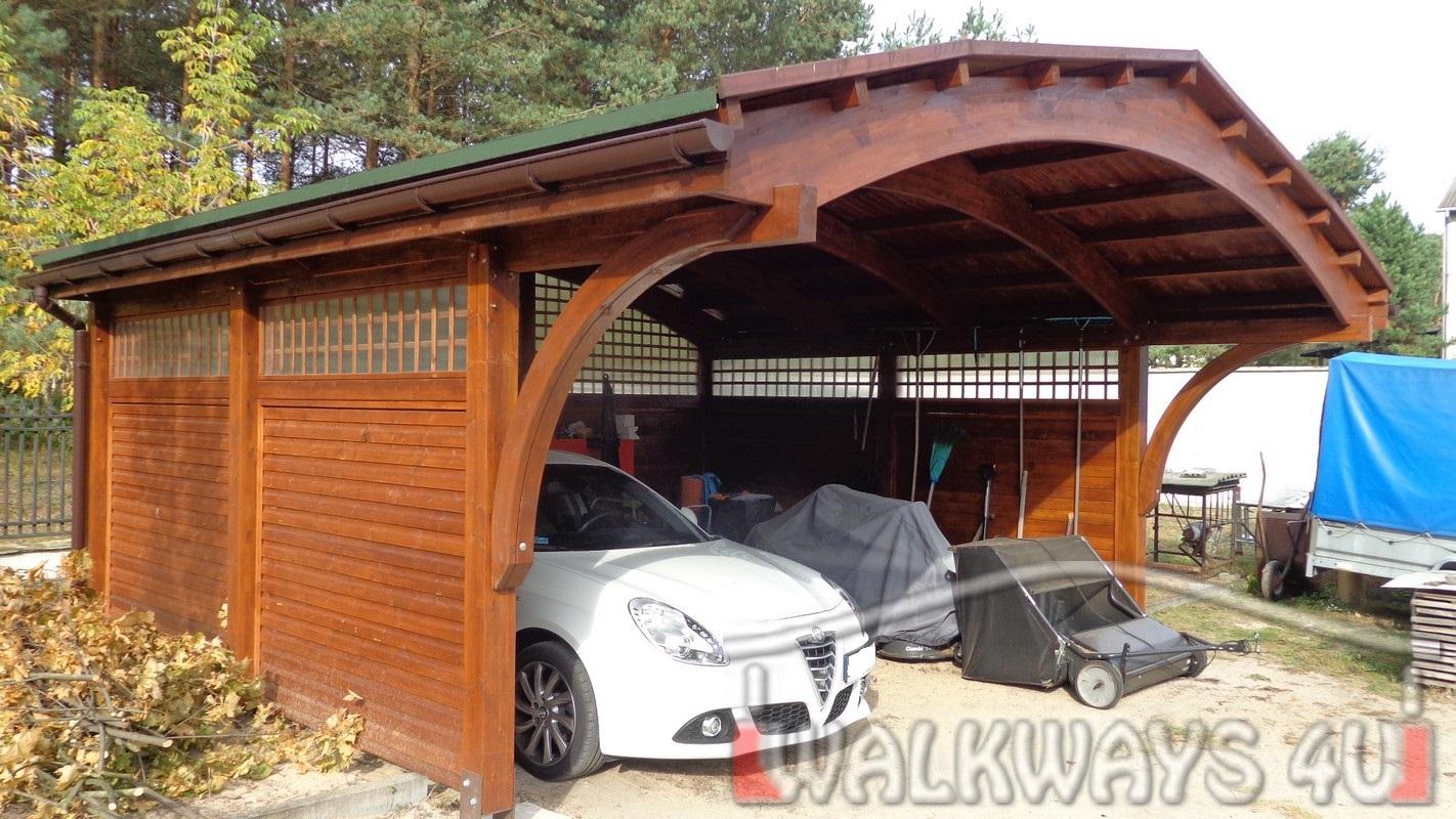 Garaże z drewna, carporty drewniane, wiaty samochodowe z drewna klejonego impregnowane zabudowane